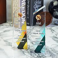 UV印刷クリスタルトロフィーの表彰記念品