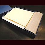 クリスタル楯(ダイヤカットアーチ型)木製台座付き