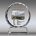 竣工記念のフルカラー写真入りクリスタル楯(ラウンド型)
