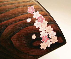 木製楯(盾)の記念品、木の楯(盾)桜柄