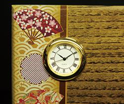 木の楯(盾)時計